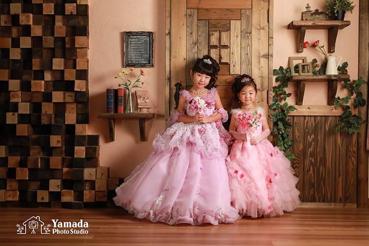 お色直しドレスピンクと紫姉妹で753part1