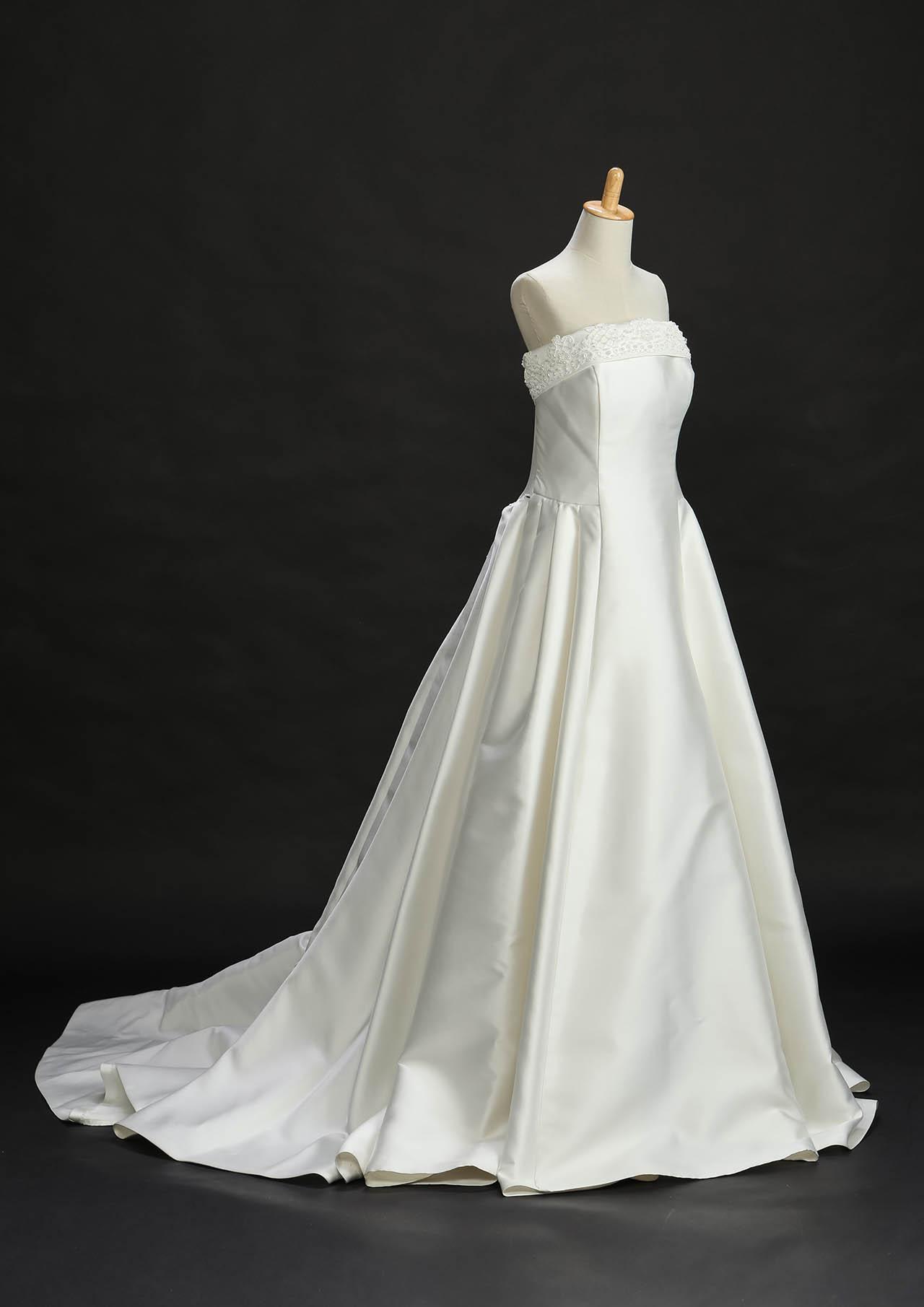 白ドレス19_a